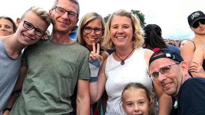 """""""Jetzt sind die Kinder endlich so groß, dass sie mitkommen können"""": Florian, Thoralf, Katja, Michaela, Lilemor und Christian."""