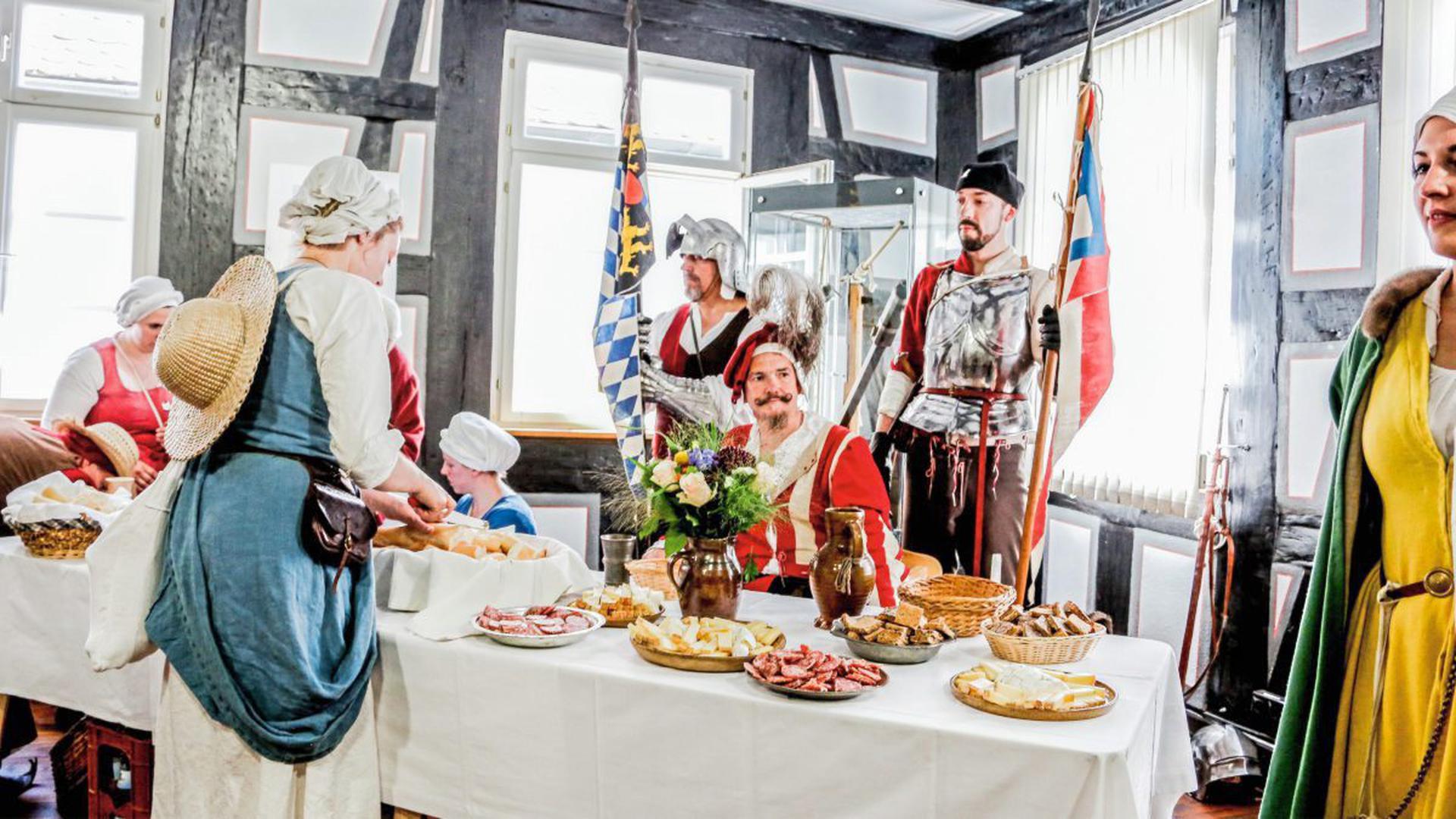 Oberst Hauptmann Marsfilius von Reifenberg bezieht Quartier im Schweizerhof