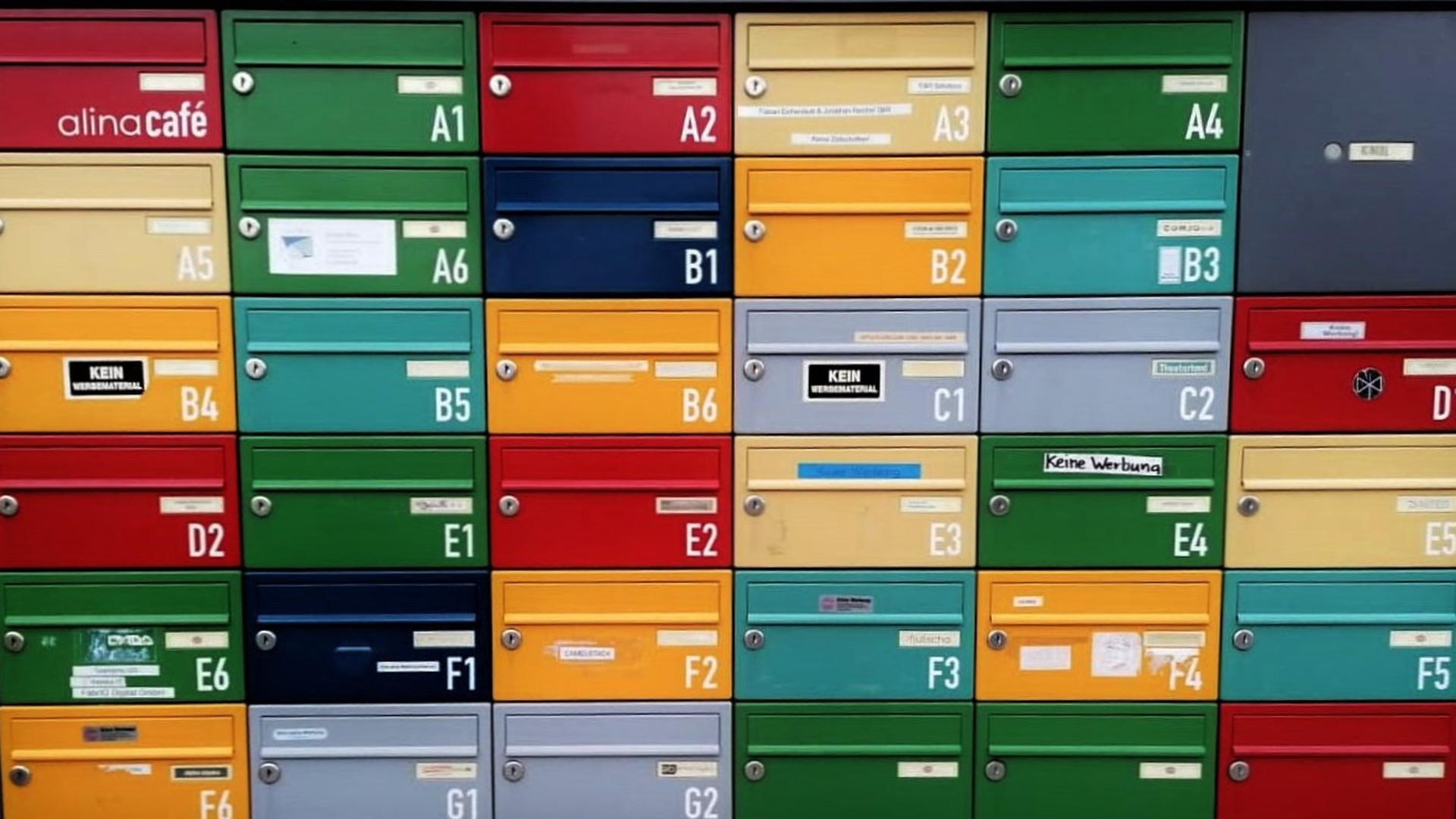 Bunte Briefkästen