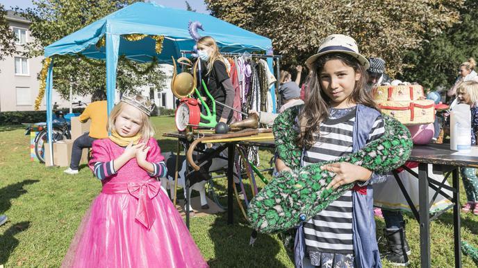 Kindermitmachaktion des Jugendstaatstheaters: Die Kinder konnten sich verkleiden und fotografieren lassen.