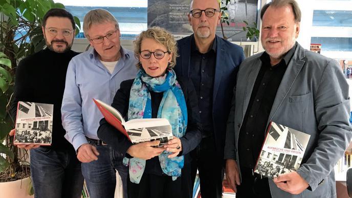 Die Macher: Thomas Lindemann vom Info Verlag, Jürgen Schuhladen-Krämer, Susanne Asche, Frank Engehausen und Ernst Otto Bräunche (von links).