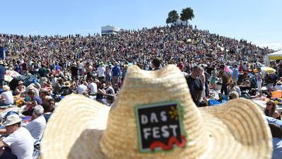 """Das Festival vor der Pandemie: In diesem Jahr findet """"Das Fest"""" in Karlsruhe nicht statt. Die einst für 2020 verkauften Tickets werden jetzt zurückgerufen."""