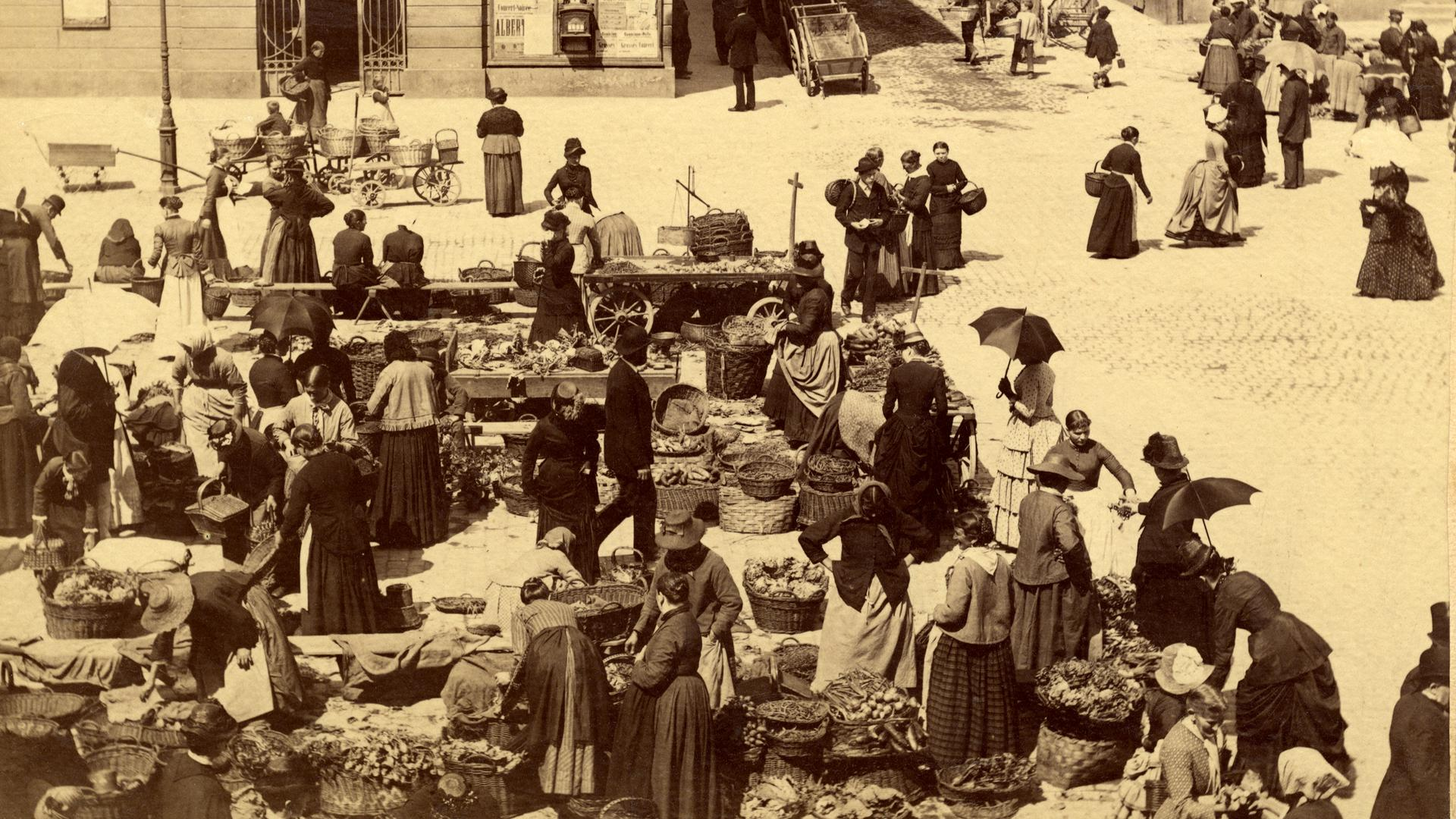 Das Treiben auf dem Karlsruher Markt beherrschten früher vor allem Frauen.
