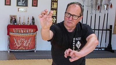Gewinnt Wettkämpfe in China: Andreas Garski lehrt in seiner Karlsruher Schule eine der ursprünglichsten und bodenständigsten Formen des Kung-Fu.