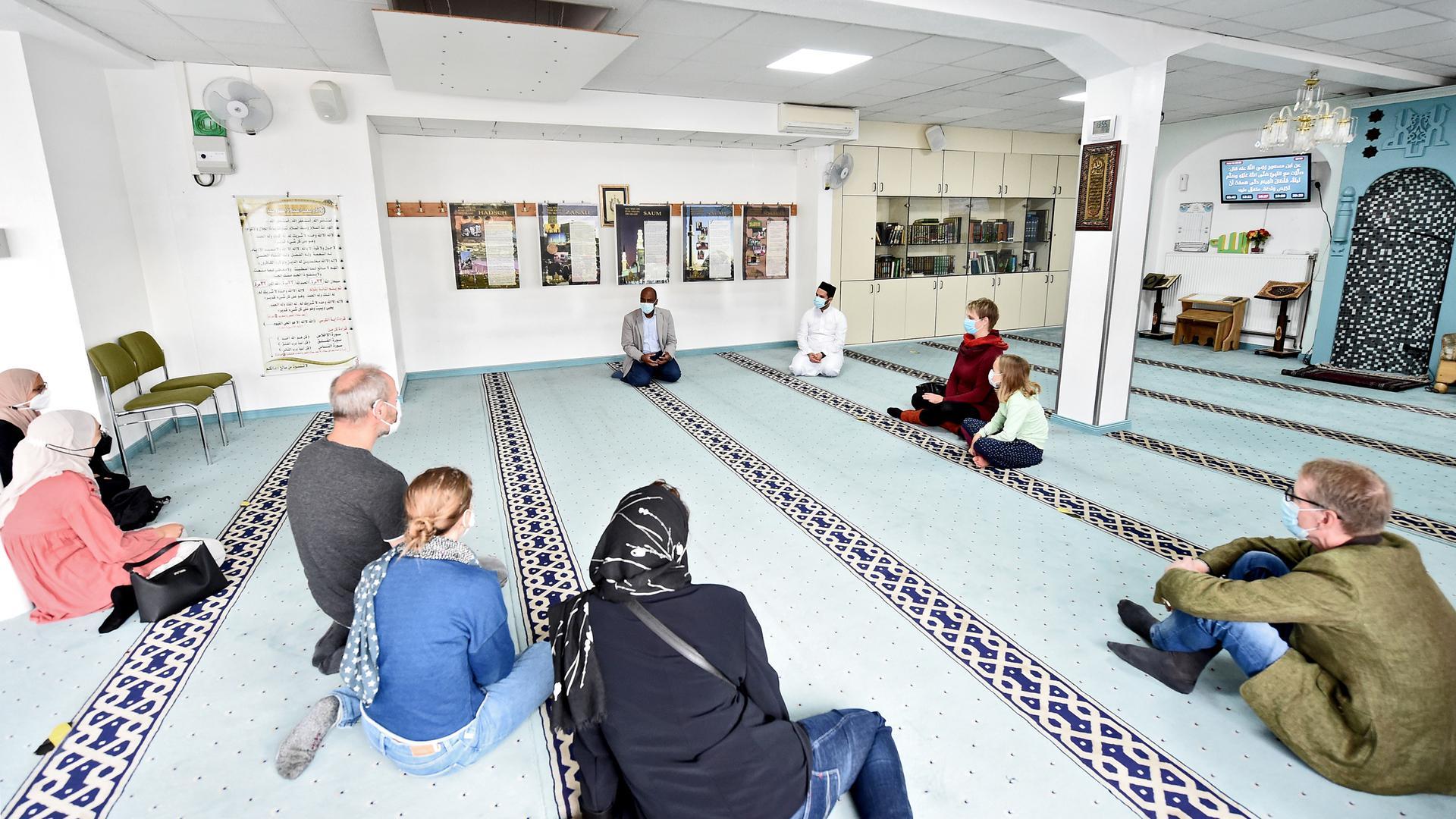 Tag der offenen Moschee in der Pfannkuchstraße