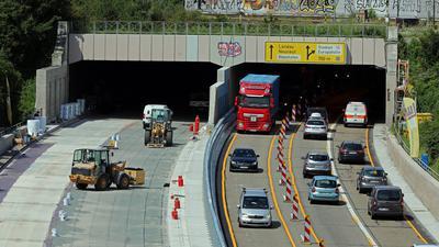 Verkehr auf der Südtangente mit Baustelle