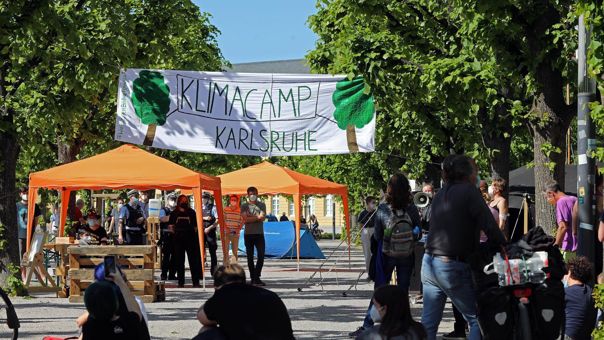 Klima-Camp auf dem Karlsruher Schlossplatz