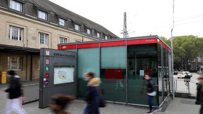 Wegen Corona geschlossen: Das KVV-Kundenzentrum am Hauptbahnhof ist außer Betrieb. Die Mindestabstände können dort nicht gewährleistet werden.