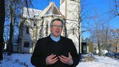 Neue Wege: Markus Laibach, Pfarrer der Altkatholischen Gemeinde, setzt auf so genannte Stärkungs-Gottesdienste.