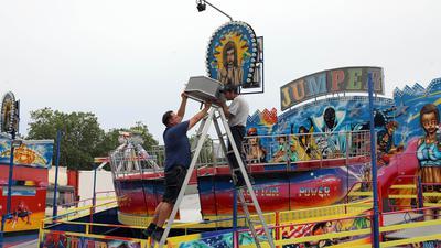 © Jodo-Foto /  Joerg  Donecker// 27.07.2021  Sommerfest der Schausteller auf dem Messplatz,         Copyright - Jodo-Foto /  Joerg  Donecker Sonnenbergstr.4 D-76228 KARLSRUHE TEL:  0049 (0) 721-9473285FAX:  0049 (0) 721 4903368 Mobil: 0049 (0) 172 7238737E-Mail:  joerg.donecker@t-online.deSparkasse Karlsruhe  IBAN: DE12 6605 0101 0010 0395 50, BIC: KARSDE66XXSteuernummer 34140/28360Veroeffentlichung nur gegen Honorar nach MFMzzgl. ges. Mwst.  , Belegexemplarund Namensnennung. Es gelten meine AGB.
