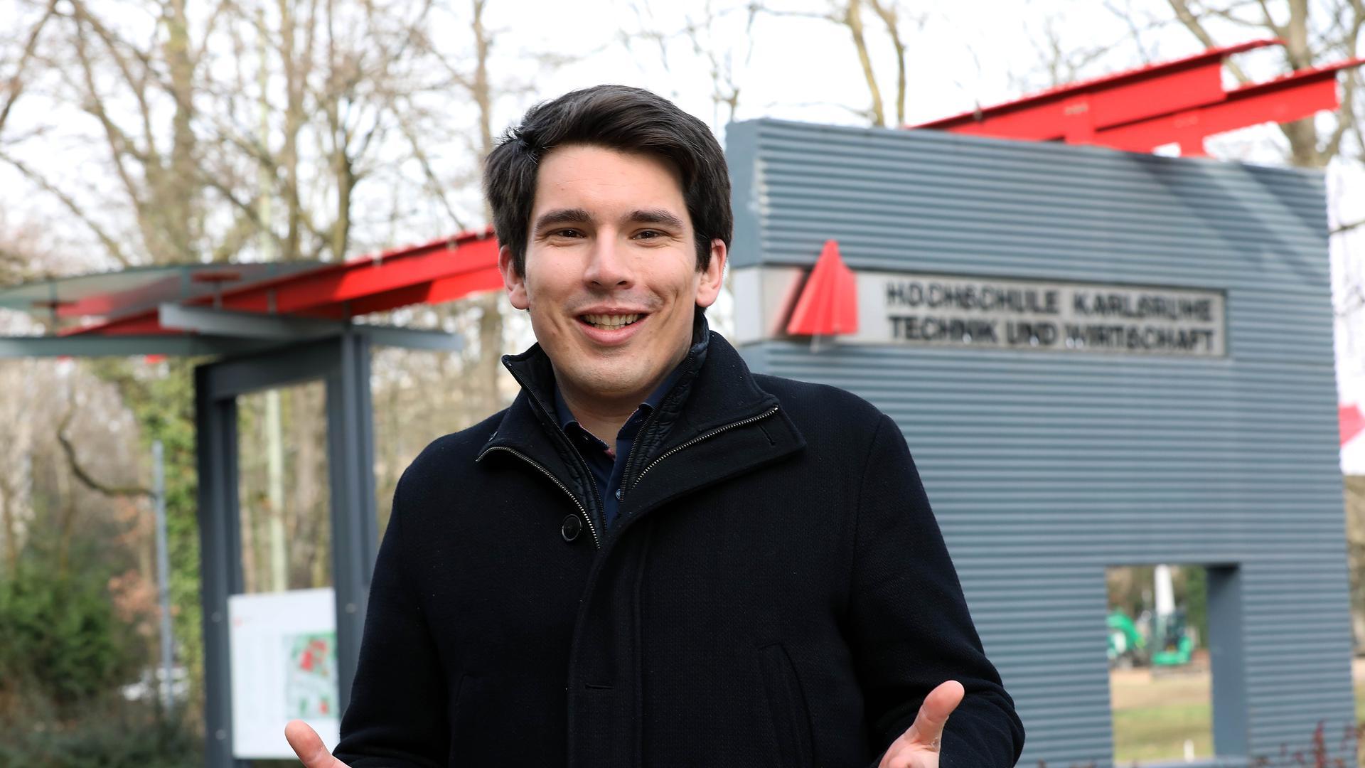 Der grüne Kandidat: Alexander Salomon ist zwar erst 34 Jahre alt, hat aber schon zehn Jahre Landtag auf dem Buckel. Besonders für die Karlsruher Hochschulen setzt er sich ein.