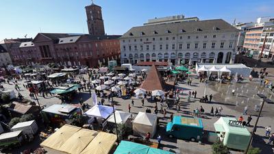 Stadtfest-Sonntag in der Karlsruher Innenstadt