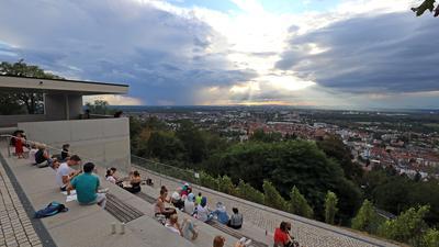 © Jodo-Foto /  Joerg  Donecker// 18.08.2020 Turmbergterrasse / Durlach,                          -Copyright - Jodo-Foto /  Joerg  Donecker Sonnenbergstr.4 ?D-76228 KARLSRUHE TEL:  0049 (0) 721-9473285?FAX:  0049 (0) 721 4903368 ?Mobil: 0049 (0) 172 7238737?E-Mail:  joerg.donecker@t-online.de?Sparkasse Karlsruhe  IBAN: DE12 6605 0101 0010 0395 50, BIC: KARSDE66XX?Steuernummer 34140/28360?Veroeffentlichung nur gegen Honorar nach MFM?zzgl. ges. Mwst.  , Belegexemplar?und Namensnennung. Es gelten meine AGB.?