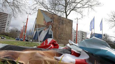 © Jodo-Foto /  Joerg  Donecker// 15.03.2021 Wahlplakate zur Landtagswahl 2021,  Foto: Hermann-Veit-Strasse / Ebertstrasse,                                                            -Copyright - Jodo-Foto /  Joerg  Donecker Sonnenbergstr.4  D-76228 KARLSRUHE TEL:  0049 (0) 721-9473285 FAX:  0049 (0) 721 4903368  Mobil: 0049 (0) 172 7238737 E-Mail:  joerg.donecker@t-online.de Sparkasse Karlsruhe  IBAN: DE12 6605 0101 0010 0395 50, BIC: KARSDE66XX Steuernummer 34140/28360 Veroeffentlichung nur gegen Honorar nach MFM zzgl. ges. Mwst.  , Belegexemplar und Namensnennung. Es gelten meine AGB.