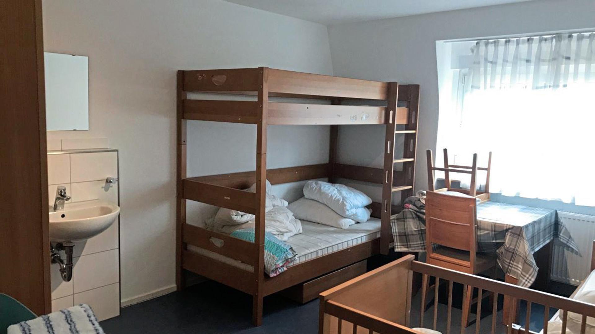 Ein bezugsfertiges Zimmer im Pforzheimer Frauenhaus.