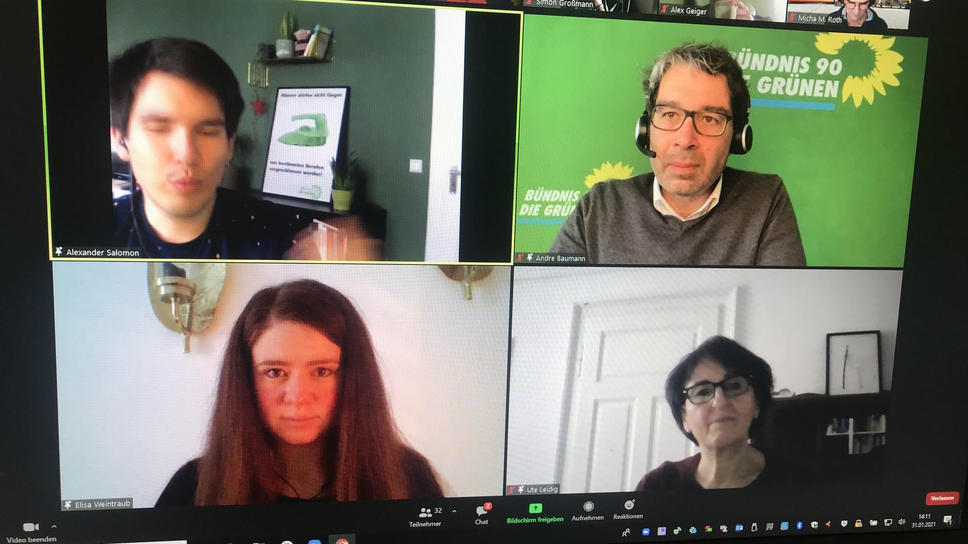 Online: Die Karlsruher Kandidaten der Grünen, Ute Leidig (unten rechts) und Alexander Salomon (oben links) diskutierten mit Andre Baumann (oben rechts).