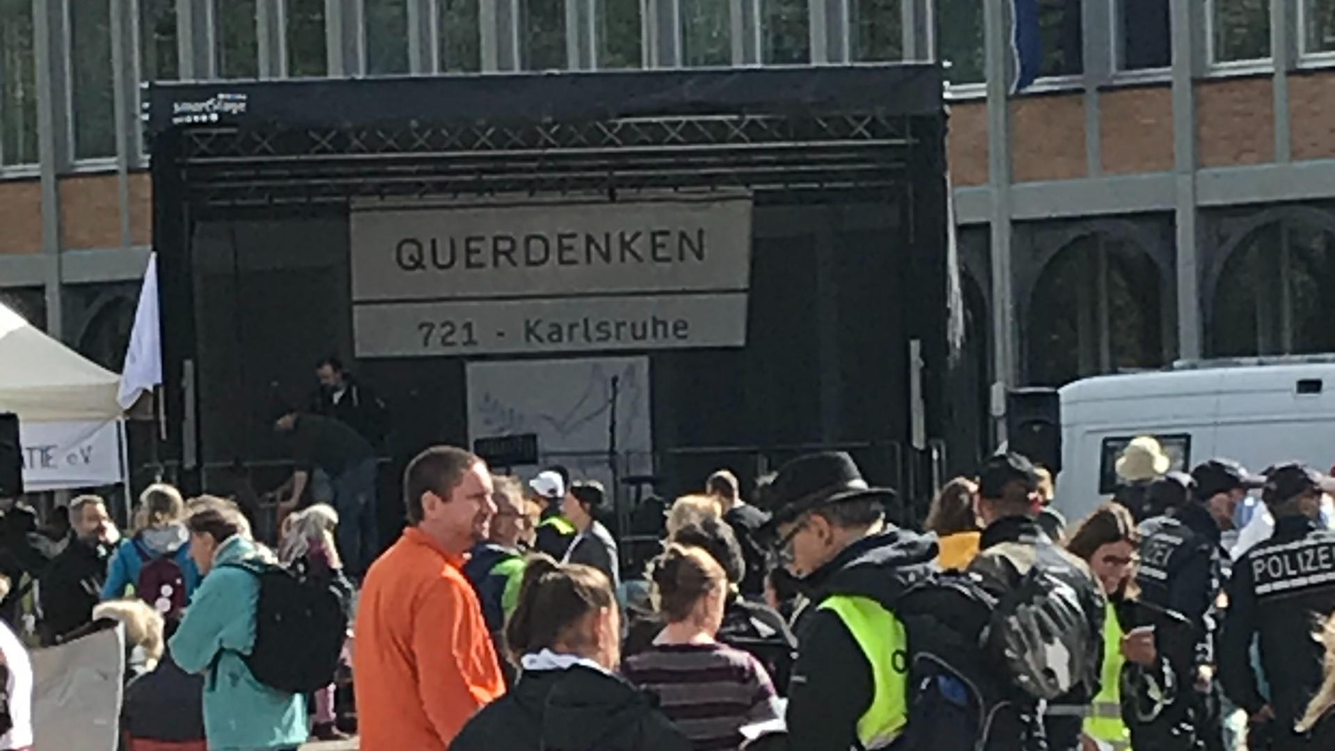 Querdenken in Karlsruhe