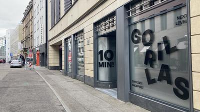 In zentraler Lage eröffnet Gorillas seinen zweiten Karlsruher Standort, durch den das Liefergebiet vergrößert werden soll.