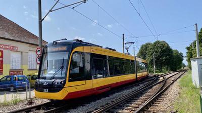 Weichenstellung in Neureut: Hier könnte es künftig direkt über Knielingen und Mühlburg zum Hauptbahnhof gehen.