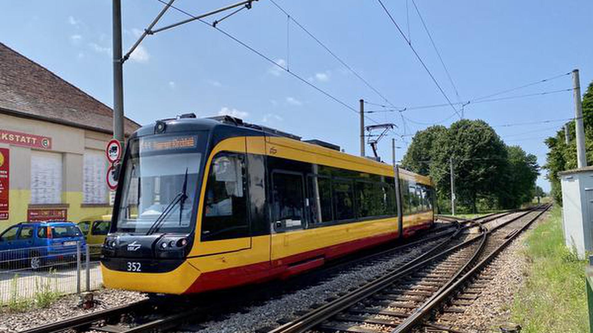 Erste Schritte für neue Stadtbahnlinie auf der früheren Hardtbahn laufen.