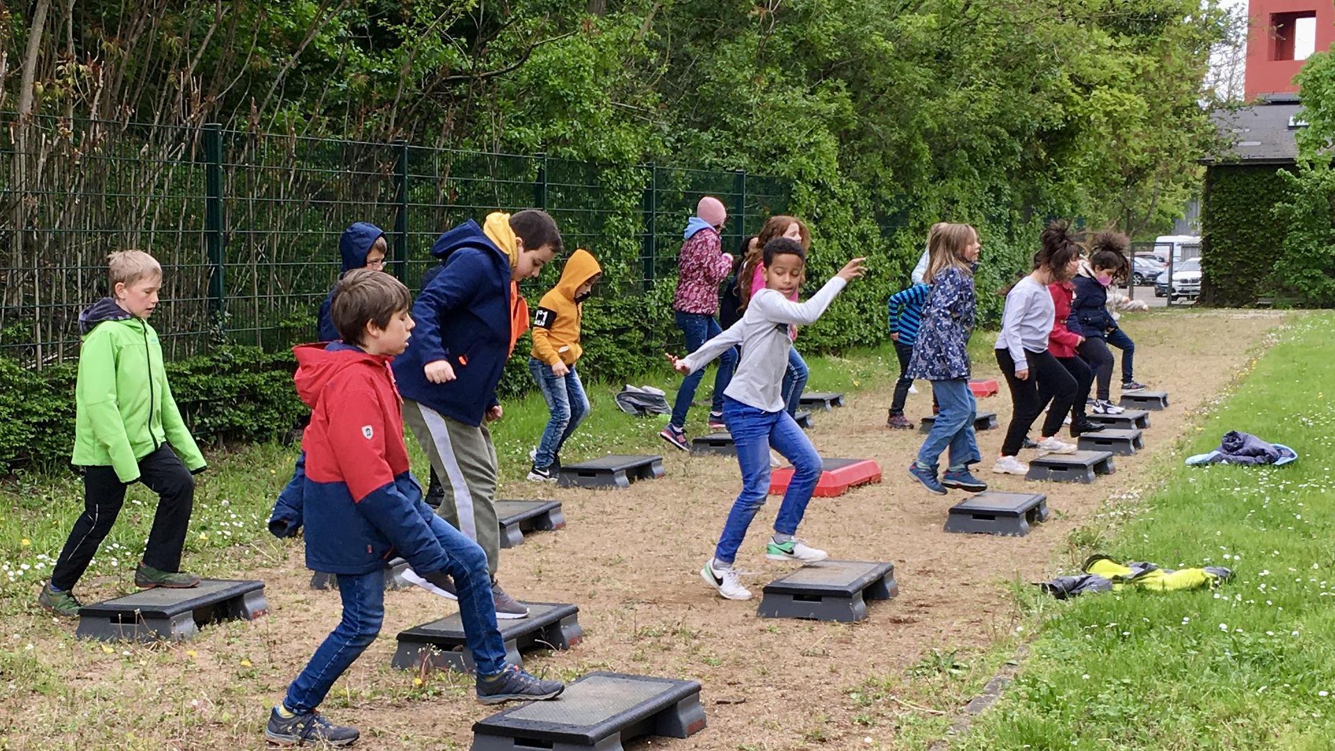 Kinder machen Sport