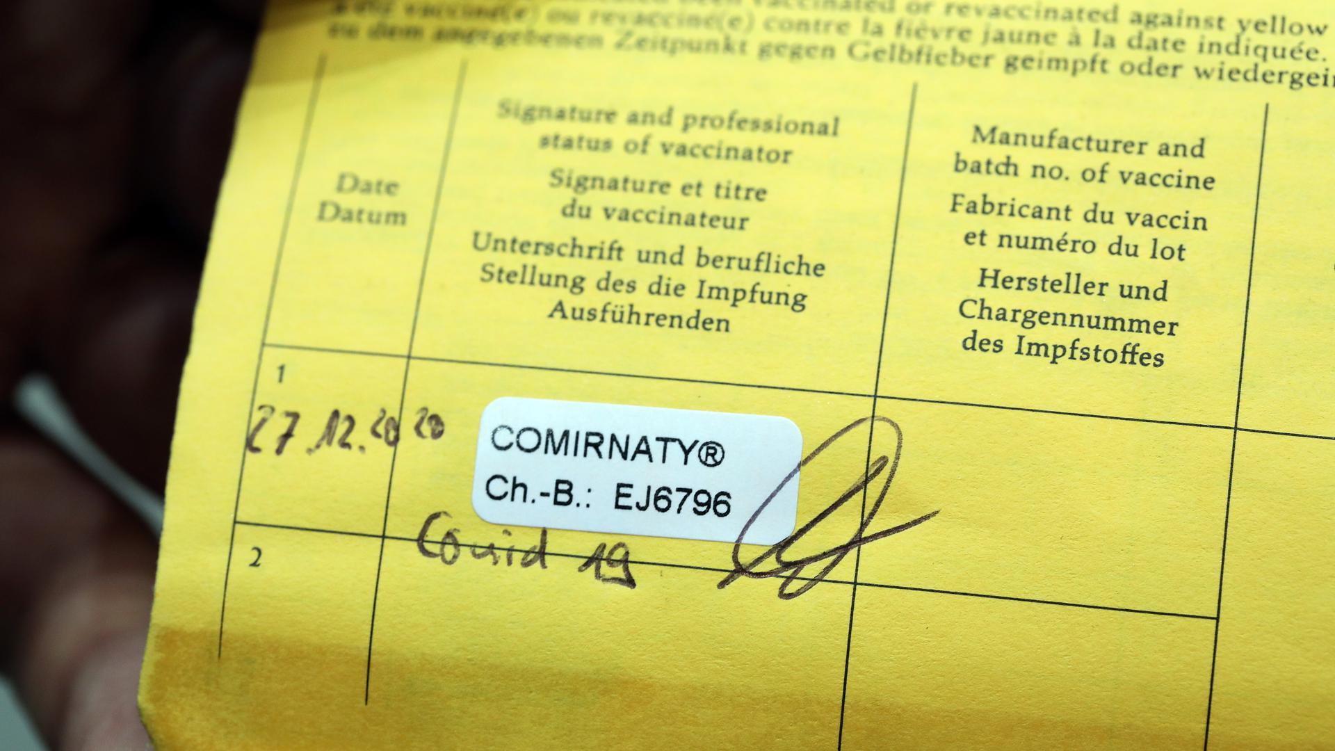 Impfpass mit Corona-Impfung