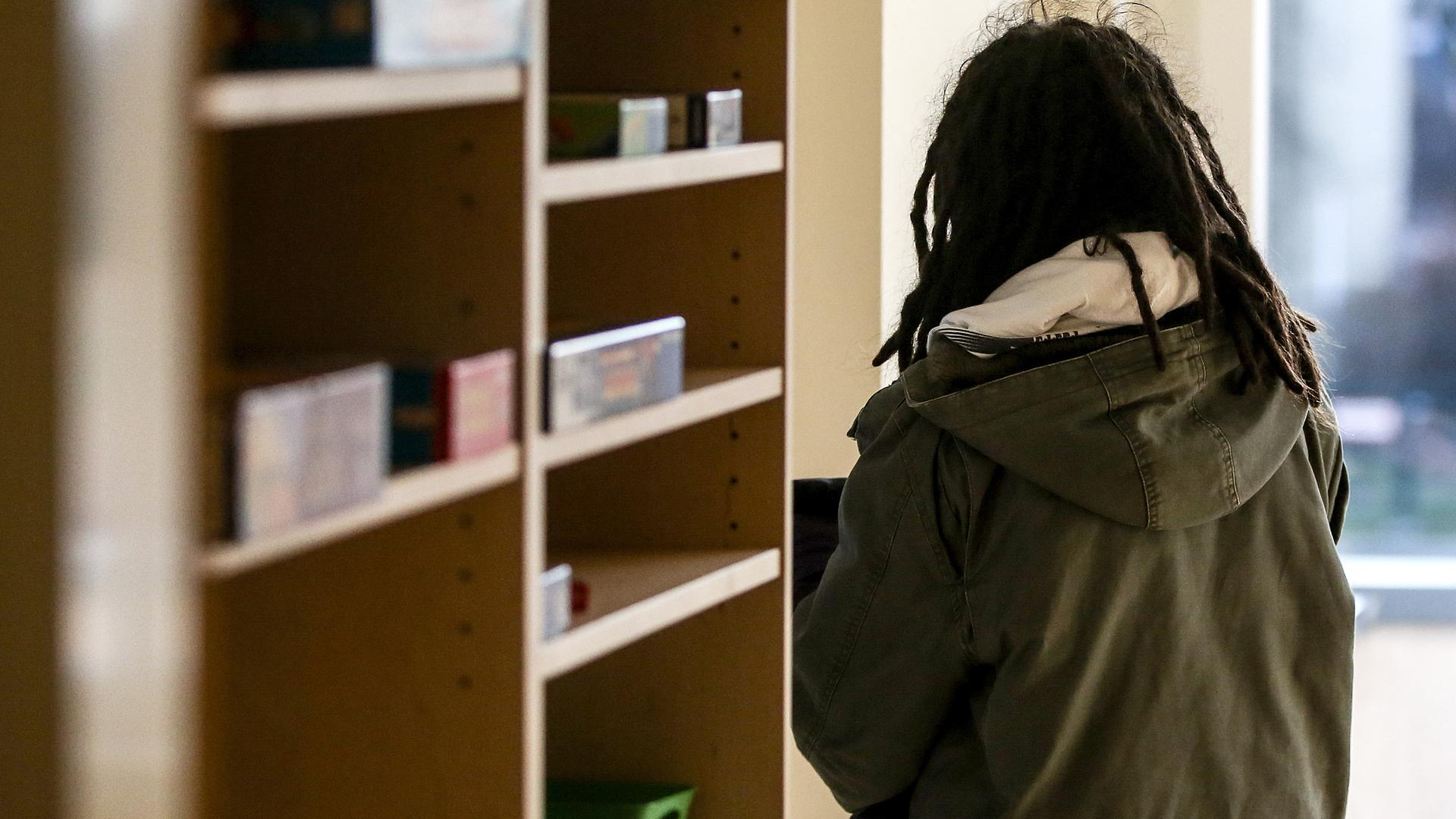 Verzweiflung: Kinder und Jugendliche mit seelischen Problemen stellt die Pandemie-Zeit oft vor besondere Herausforderungen.