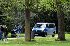 Auto der Polizeibehörde im Schlossgarten