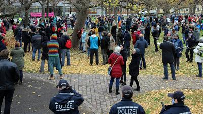 Querdenker-Demo vor dem Bundesverfassungsgericht