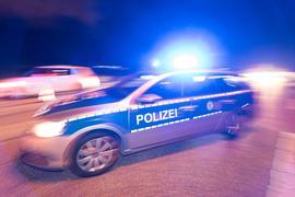 Einsatz: Nach einer Vergewaltigung in den frühen Morgenstunden des Sonntags in Durlach sucht die Polizei mit Hochdruck nach dem Täter.