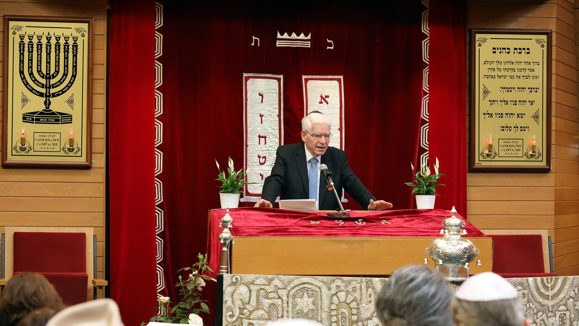 Josef Schuster bei seiner Rede