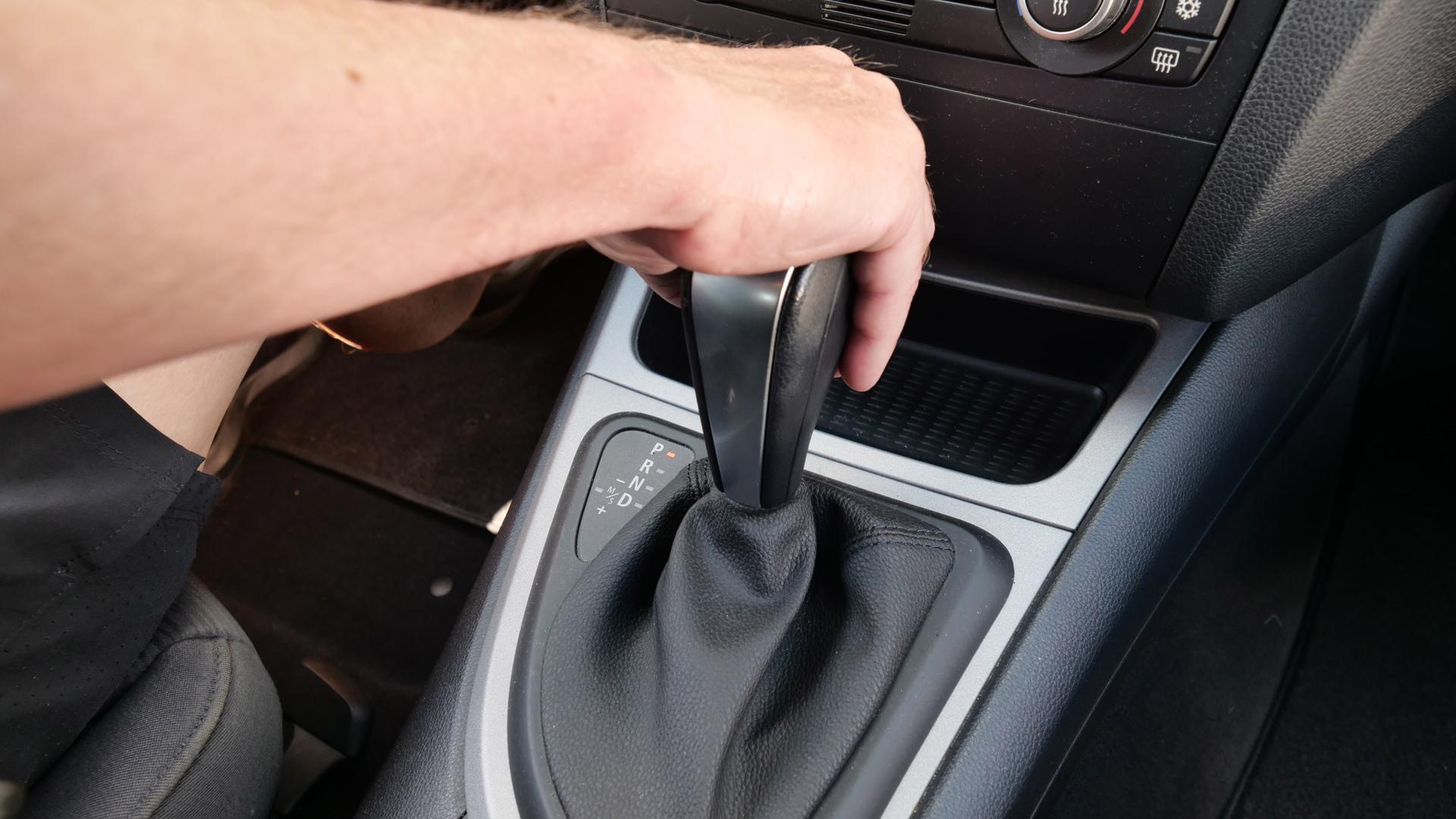 Automatik boomt: Weil immer weniger Autofahrer manuell schalten, sind auch in den Fahrschulen Automatik-Autos auf dem Vormarsch.