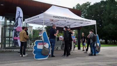 Ausbildungsplaetze to go-Aktion der Handwerkskammer auf dem Friedrichsplatz