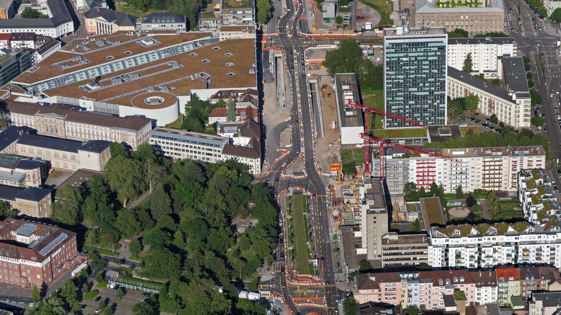 Rasante Veränderung: Der Umbau der Karlsruher Kriegsstraße geht zügig voran. Die Trasse verändert im Eiltempo ihr Gesicht.