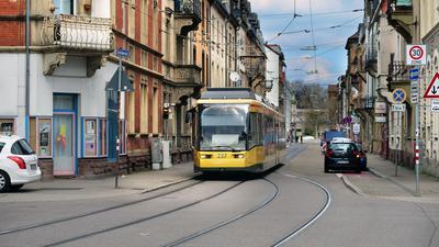 Schillerstrasse Situation Strassenbahn Autoverkehr