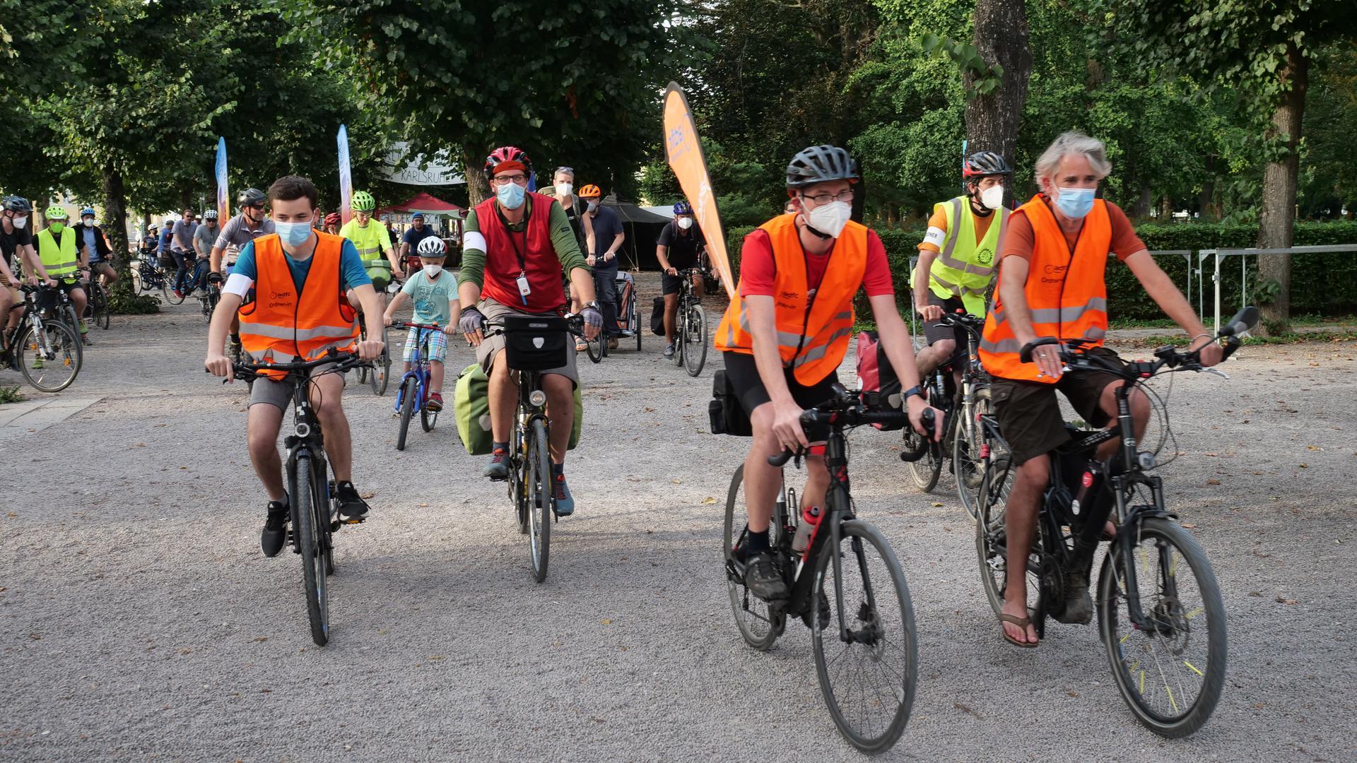 Fahrradsternfahrt vom Karlsruher aus