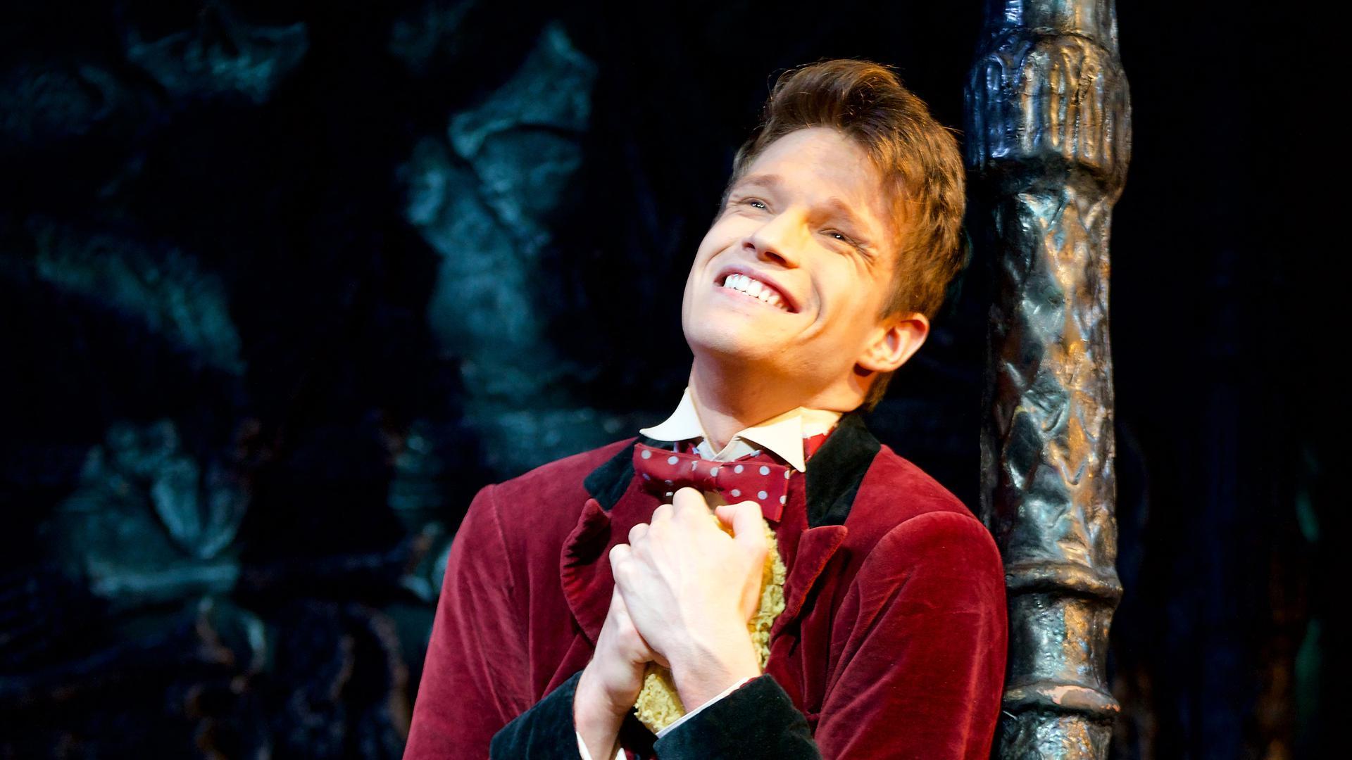 """Sehnsüchtig verliebt: Raphael Groß verkörpert den jungen Studenten Alfred in der Stuttgarter Wiederaufnahme von """"Tanz der Vampire."""""""