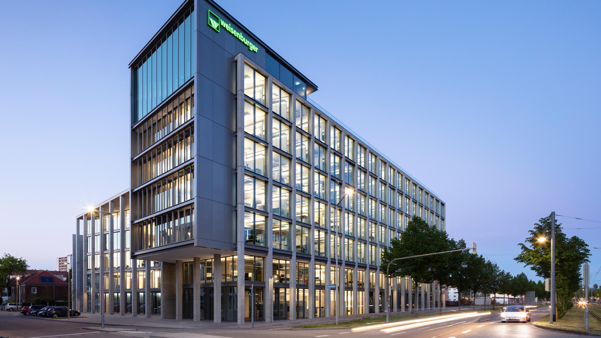Gestalterisches Juwel: Nach Plänen des japanischen Star-Architekten Tadao Ando entstand die neue Zentrale der Unternehmensgruppe Weisenburger.