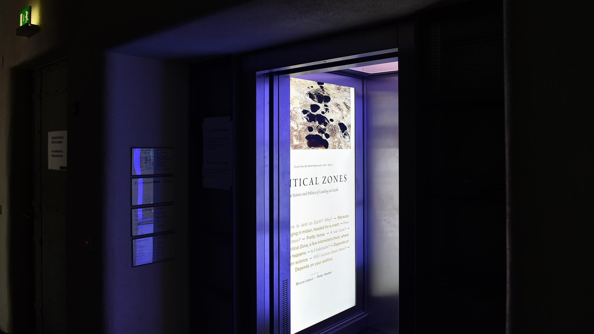 Fahrstuhl offen