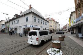 9.02.2021 Verkehr in der Altstadt Durlach