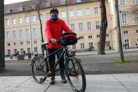 14.12.2020 Ulrich Eilmann vor der Karlsburg in Durlach