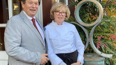 """Botschafter für den guten Geschmack: Gérard und Anita Jollit haben aus dem """"Ochsen""""- Gasthof ein Mekka für Liebhaber der französischen Küche gemacht."""