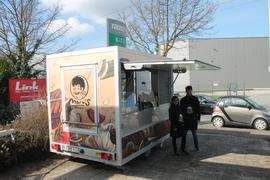 Marv's Beef st ein neuer Foodtruck in Karlsruhe. Gründer Marvin Waizenegger und Freundin Laura haben sich ganz auf Steak to go spezialisiert.