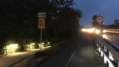 Sperrung auf der Strecke für Radfahrer und Fußgänger an der Rheinbrücke zwischen Wörth und Knielingen. Privat fotografiert von Vielradler und Berufspendler Uwe Seyfart