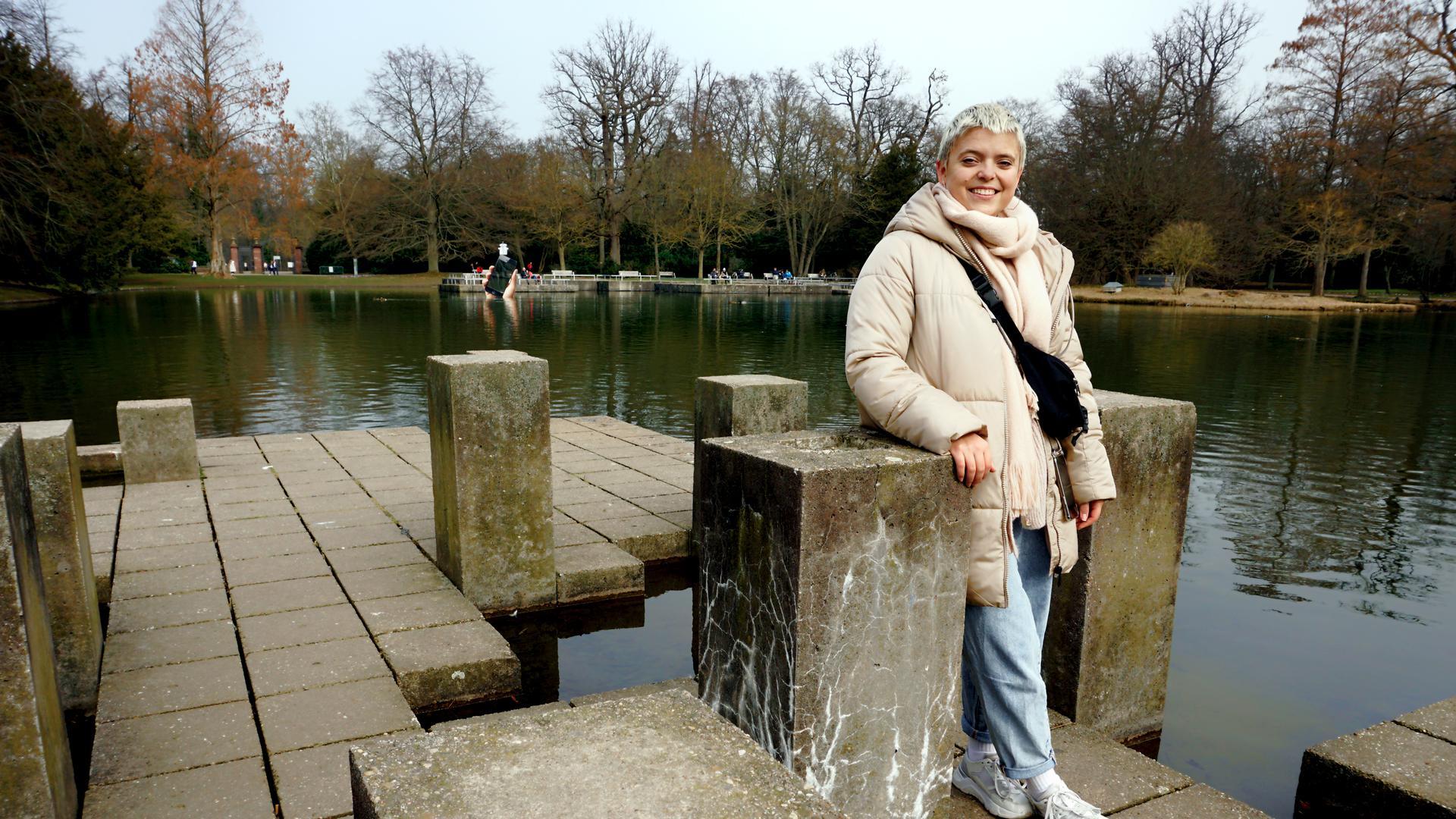 Im Karlsruher Schlossgarten und vor dem Schloss ist Mickela Löffel immer wieder gerne.