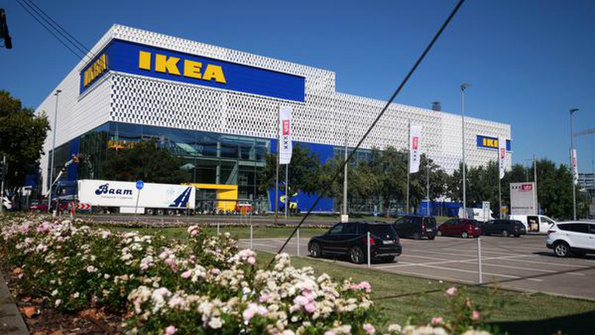 Ikea vor der Eroeffnung Foto Peter Sandbiller