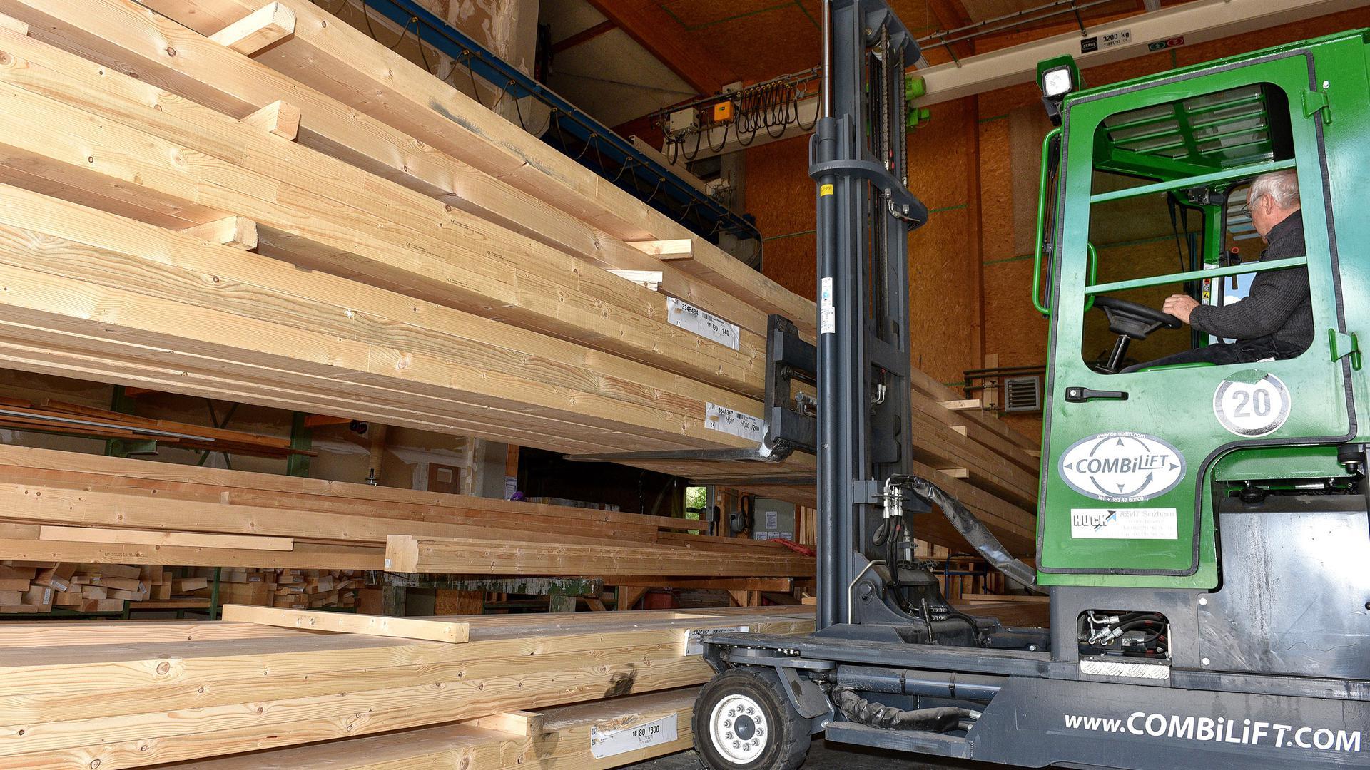 Holzbau, Holzhandel, AKB Holzbau