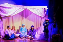 """Theaterszene aus """"Sindbad, der kleine Seefahrer"""" gespielt von der Theaterkiste Weingarten"""