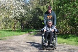 Olaf Stuckas (im Rollstuhl), Marco Kulz