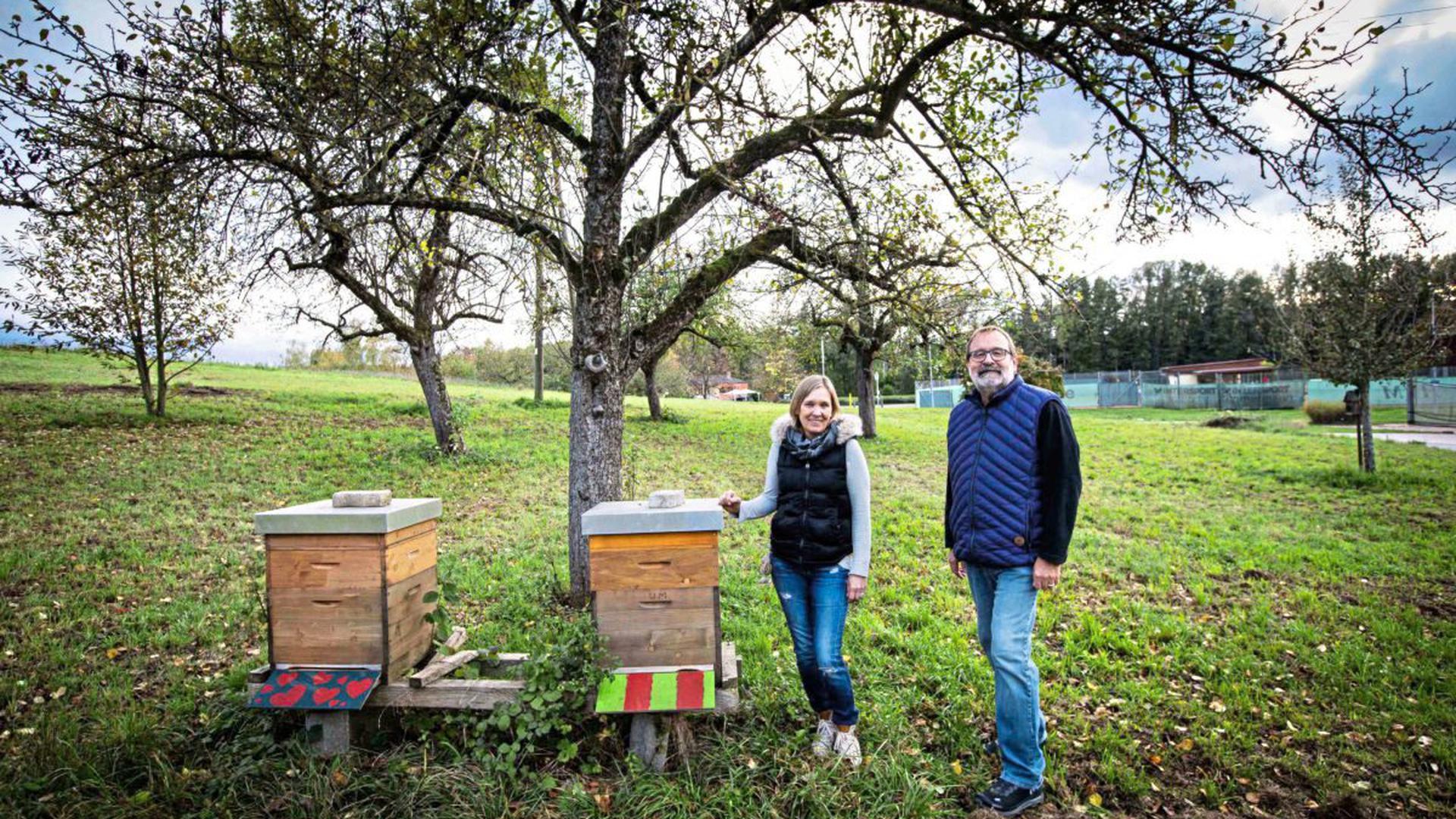 Gegen die Bebauung eines Grundstücks wehren sich Martina Prinz und Jack Herbst. Sie haben Unterschriften gegen die Ansiedlung eines Discounters neben Rewe gesammelt. Die nötigen sieben Prozent Anteil der Wahlberechtigten haben sie nicht erreicht.